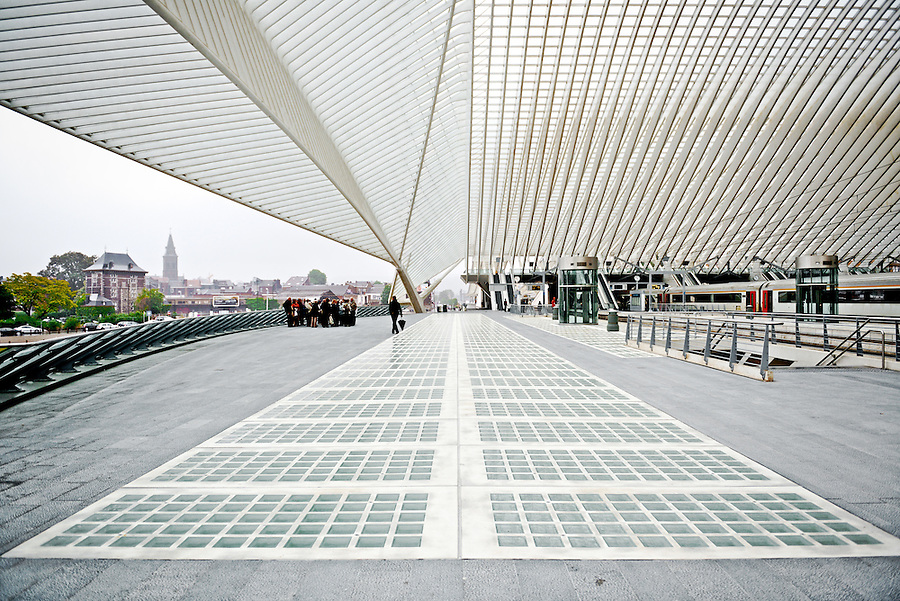 Liège-Guillemins: Train Station by Santiago Calatrava