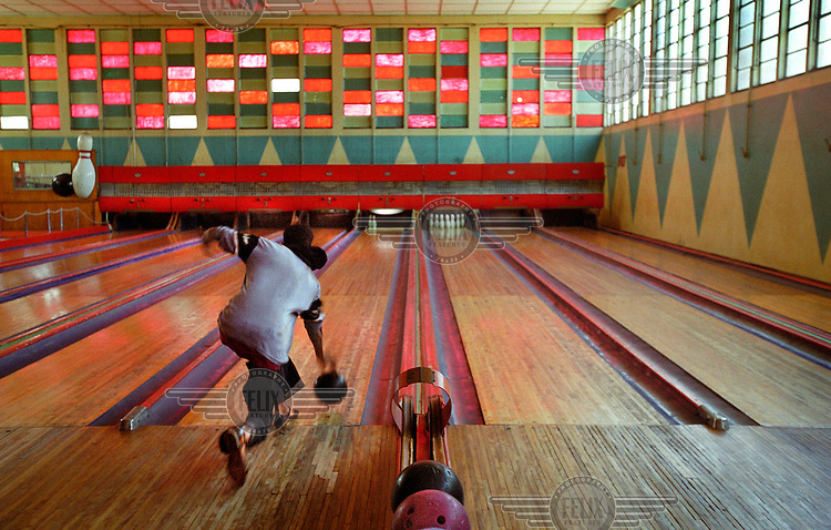 Asmara's bowling alley is one of the few remaining examples in the world of a 1950s alley. The automatic skittle reloading system has been broken for years, so instead young boys are paid to reload after each strike. Asmara is a treasure trove of Art Deco architecture and UNESCO is considering making Asmara a World Heritage Site in recognition of its outstanding Modernist architecture.