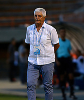 ENVIGADO - COLOMBIA, 21-08-2019: Julio Comesaña, técnico de Atlético Junior, durante partido entre Envigado F. C. y Atlético Junior de la fecha 8 por la Liga Águila II 2019, en el estadio Polideportivo Sur de la ciudad de Envigado. / Julio Comesaña, coach of Atletico Junior during a match between Envigado F. C., and Atletico Junior of the 8th date  for the Aguila Leguaje II 2019 at the Polideportivo Sur stadium in Envigado city. Photo: VizzorImage / León Monsalve / Cont.