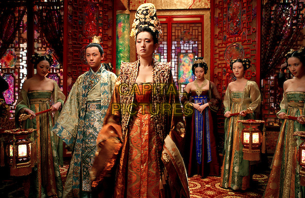 QIN JUNJIE & GONG LI.in Curse Of The Golden Flower (Man cheng jin dai huang jin jia) .**Editorial Use Only**.CAP/FB.Supplied by Capital Pictures