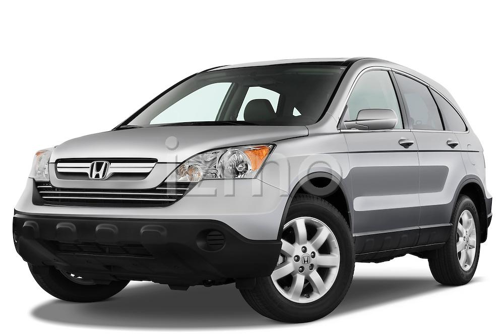 Low aggressive front three quarter view of a 2008 Honda CRV.
