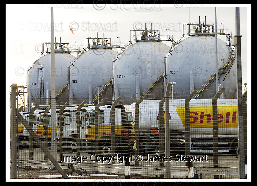 13/06/2008   Copyright Pic: James Stewart.File Name : sct_12_grangemouth.THE FLEET OF SHELL TANKERS ARE PARKED UP AT GRANGEMOUTH AS DRIVERS START THEIR FOUR DAY STRIKE....James Stewart Photo Agency 19 Carronlea Drive, Falkirk. FK2 8DN      Vat Reg No. 607 6932 25.Studio      : +44 (0)1324 611191 .Mobile      : +44 (0)7721 416997.E-mail  :  jim@jspa.co.uk.If you require further information then contact Jim Stewart on any of the numbers above........