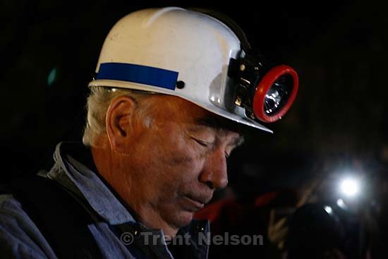 Huntington - Robert Murray, president and CEO of Ohio-based Murray Energy Corp, speaks to reporters at the command post in full miners gear before dawn Saturday morning (4am).