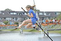 FIERLJEPPEN/POLSSTOKVERSPRINGEN: 03-09-2016, Linschoten, NK Jeugd, Maureen Westerhof Sneek (meisjes tot en met 10 jaar), ©foto Martin de Jong