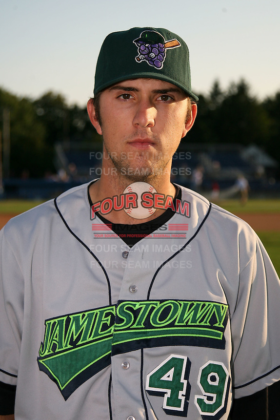 September 5, 2009:  Dustin Dickerson of the Jamestown Jammers before a game at Dwyer Stadium in Batavia, NY.  The Jammers are the NY-Penn League Short-Season Class-A affiliate of the Florida Marlins.  Photo By Mike Janes/Four Seam Images