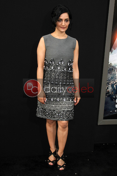 """Archie Panjabi<br /> at the """"San Andreas"""" Los Angeles Premiere, TCL Chinese Theater, Hollywood, CA 05-26-15<br /> David Edwards/DailyCeleb.Com 818-249-4998"""