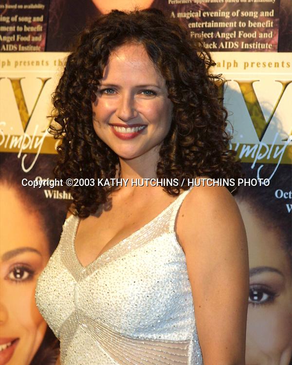 ©2003 KATHY HUTCHINS / HUTCHINS PHOTO.DIVAS SIMPLY SINGING BENEFIT.LOS ANGELES, CA.OCTOBER 25, 2003..JEAN LOUSIA KELLY