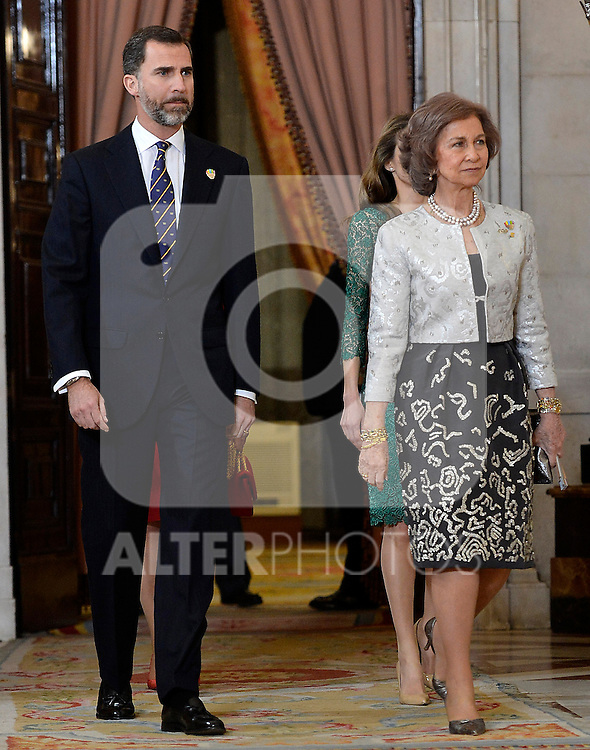 Spanish Royals Prince Felipe (l) and Queen Sofia receive International Olympic Committee Evaluation Commission Team for a dinner at the Royal Palace.March 20,2013. (ALTERPHOTOS/Pool)