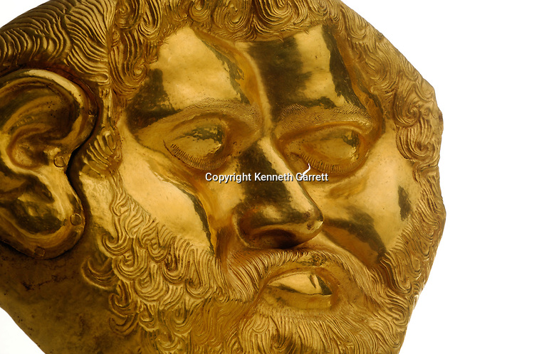 Bulgarian Gold Rush, Institute of Archaeology Museum, Giorgi Kitov's Bronze head portrait of Seuthes III, from Golyamata Kosmatka Tomb, and Gold Mask and ring from Svetitsa Tomb