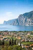 Italy, Trentino - Alto Adige, Torbole at Northern Banks of Lake Garda | Italien, Trentino-Alto Adige, Torbole am Nordufer des Gardasee