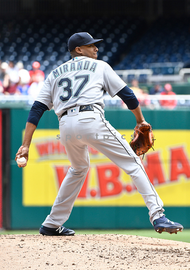 WASHINGTON DC - May 25, 2017: Ariel Miranda #37 of the Seattle Mariners during a game against the Washington Nationals on May 25, 2017 at Nationals Park in Washington DC. The Mariners beat the Nationals 4-2.(Chris Bernacchi/SportPics)
