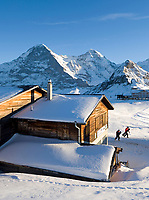 CHE, Schweiz, Kanton Bern, Berner Oberland, Grindelwald: Maennlichen Bergstation mit Eiger (3.970 m), Moench (4.107 m) und Tschuggen (2.520 m) | CHE, Switzerland, Canton Bern, Bernese Oberland, Grindelwald: Maennlichen top station with Eiger (3.970 m), Moench (4.107 m) and Tschuggen (2.520 m)