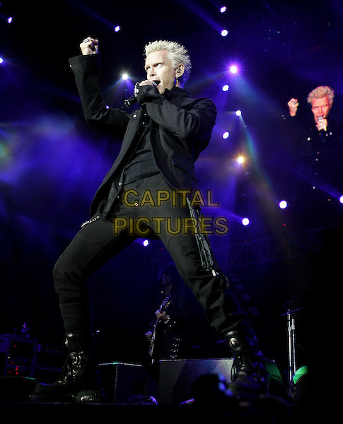 BILLY IDOL.The KROQ Miller Lite Inland Invasion 4 held at The Hyundai Pavilion at Glen Helen Devore, California .September 18, 2004.stage, concert, music, live, gig, full length, singing.www.capitalpictures.com.sales@capitalpictures.com.Copyright by Debbie VanStory