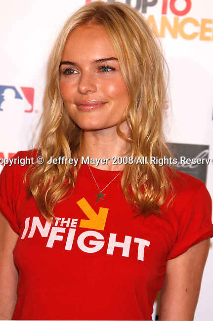 HOLLYWOOD, CA. - September 05: Actress Kate Bosworth arrives at Stand Up For Cancer at The Kodak Theatre on September 5, 2008 in Hollywood, California.
