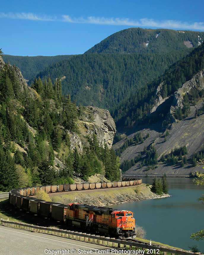 BNSF train in Columbia River Gorge Washington