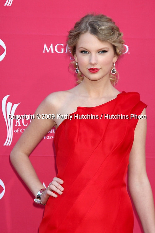 Taylor Swift  arriving at the 44th Academy of Country Music Awards at the MGM Grand Arena in  Las Vegas, NV on April 5, 2009.©2009 Kathy Hutchins / Hutchins Photo....                .