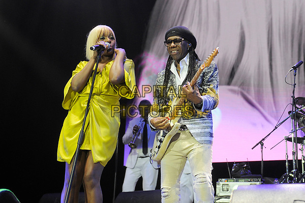 LONDON, ENGLAND - OCTOBER 27: Folami and Nile Rodgers of Chic performing at Bluesfest at the O2 Arena on October 27, 2017 in London, England.<br /> CAP/MAR<br /> &copy;MAR/Capital Pictures