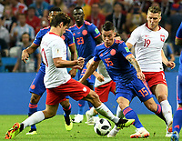 KAZAN - RUSIA, 24-06-2018: Grzegorz KRYCHOWIAK (Izq) y Piotr ZIELINSKI (Der) jugadores de Polonia disputan el balón con Mateus URIBE (C) jugador de Colombia durante partido de la primera fase, Grupo H, por la Copa Mundial de la FIFA Rusia 2018 jugado en el estadio Kazan Arena en Kazán, Rusia. /  Grzegorz KRYCHOWIAK (L) and Piotr ZIELINSKI (R) players of Polonia fight the ball with Mateus URIBE (C) player of Colombia during match of the first phase, Group H, for the FIFA World Cup Russia 2018 played at Kazan Arena stadium in Kazan, Russia. Photo: VizzorImage / Julian Medina / Cont