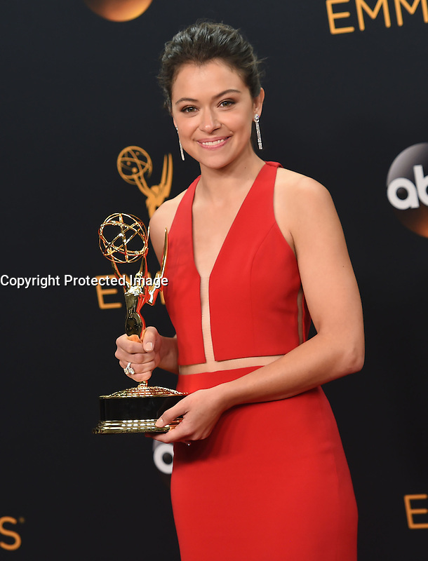 Tatiana Maslany @ the 2016 Emmy Awards held @ the Microsoft theatre. September 18, 2016