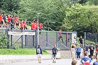 Spieler kommen zum Training - 08.08.2017: Eintracht Frankfurt Training, Commerzbank Arena