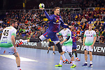 League ASOBAL 2017-2018 - Game: 14.<br /> FC Barcelona Lassa vs Helvetia Anaitasuna: 38-26.<br /> Kamil Syprzak.