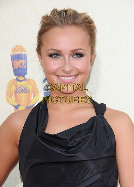HAYDEN PANETTIERE.The 2009 MTV Movie Awards held at Universal Ampitheatre  in Universal City, California, USA..May 31st, 2009 .headshot portrait black halterneck .CAP/DVS.©Debbie VanStory/Capital Pictures.