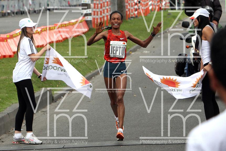 BOGOTA -COLOMBIA. 27-07-2014.Rita Jeptoo de Kenia gano  la Media Maraton de Bogota en damas . Rita Jeptoo of Kenya won the Marathon Media in Bogota LadiesPhoto: VizzorImage/ Felipe Caicedo / Staff