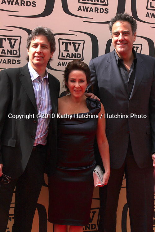 Ray Romano & Patrica Heaton, Brad Garrett .arrives at the 2010 TV Land Awards.Sony Studios.Culver City, CA.April 17, 2010.©2010 Kathy Hutchins / Hutchins Photo...