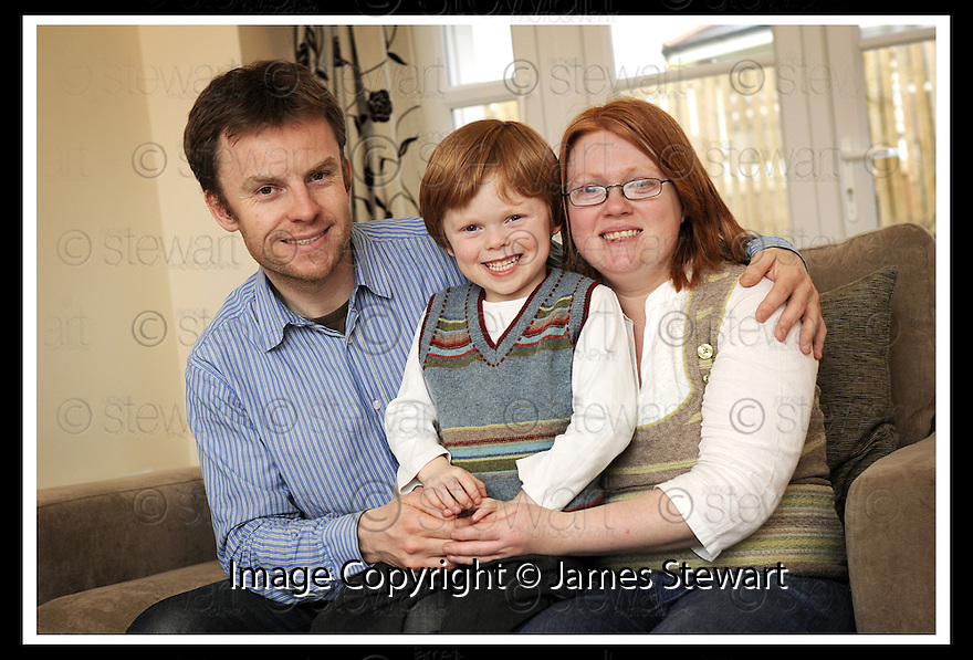 25/04/2008   Copyright Pic: James Stewart.File Name : sct_jspa02_steven_joyce.STEVEN JOYCE, HENRYSON CRESCENT, LARBERT, WITH HIS WIFE TRACEY AND SON CAMERON.....James Stewart Photo Agency 19 Carronlea Drive, Falkirk. FK2 8DN      Vat Reg No. 607 6932 25.Studio      : +44 (0)1324 611191 .Mobile      : +44 (0)7721 416997.E-mail  :  jim@jspa.co.uk.If you require further information then contact Jim Stewart on any of the numbers above........