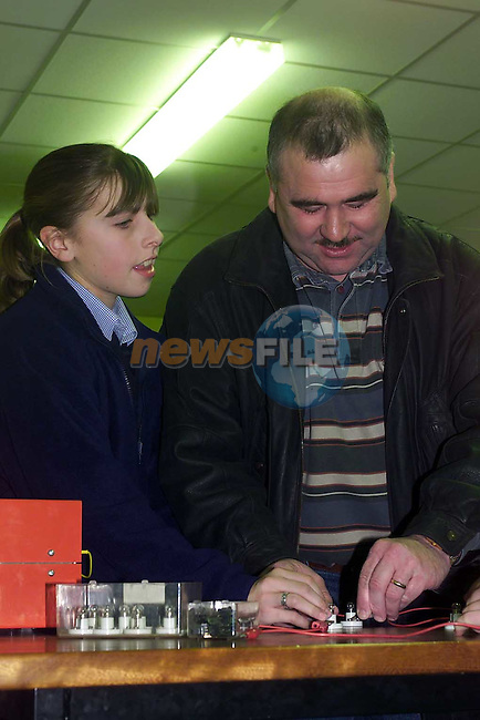Kim McKenna clogherhead showing Tom O'Hare Dunleer at the open night in Greenhills.Pic Fran Caffrey Newsfile