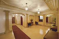 Lobby at 522 West End Avenue