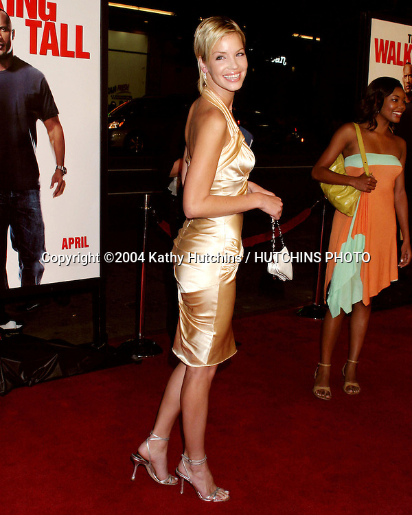 "©2004 KATHY HUTCHINS / HUTCHINS PHOTO.PREMIERE OF "" WALKING TALL "".GRAUMAN'S CHINESE THEATER.HOLLYWOOD, CA.MARCH 29, 2004..ASHLEY SCOTT"