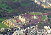 Aerial view of Buckingham Palace from a commercial airliner on final approach into London Heathrow Airport on Thursday, April 18, 2013..Credit: Ron Sachs / CNP