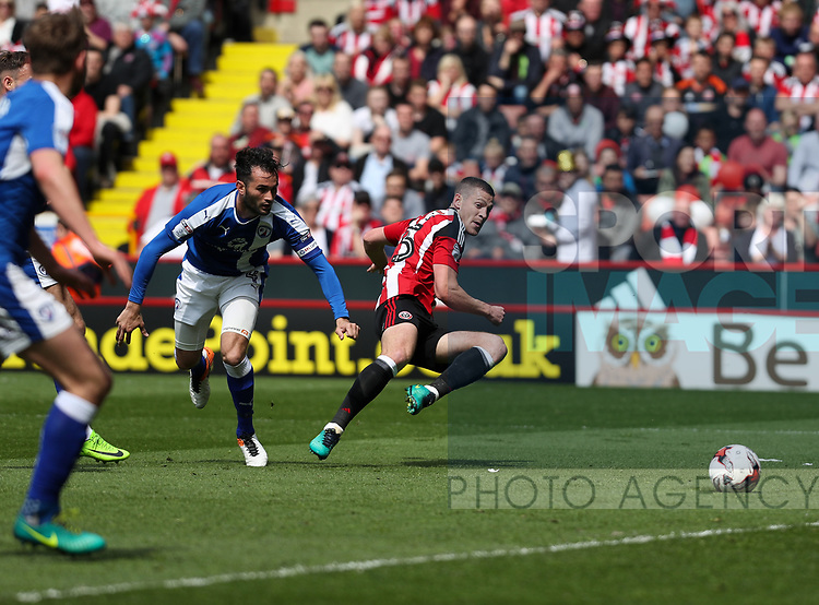 Paul Coutts of Sheffield United strikes towards goal during the English League One match at Bramall Lane Stadium, Sheffield. Picture date: April 30th, 2017. Pic credit should read: Jamie Tyerman/Sportimage
