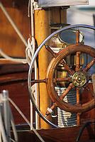 Europe/France/Provence-Alpes-Côte d'Azur/06/Alpes-Maritimes/Cannes: Détail d'un yacht sur le port