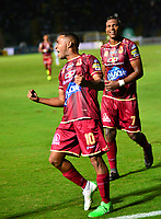 IBAGUÉ - COLOMBIA, 07-11-2018: Yohandry Orozco jugador del Deportes Tolima  celebra su gol contra el Once Caldas durante partido por la fecha 14 de la Liga Águila II 2018 jugado en el estadio Manuel Murillo Toro de la ciudad de Ibagué./ Yohandry Orozco player of Deportes Tolima  celebrates his goal agaisnt of Once Caldas during the match for the date 14 of the Aguila League II 2018 played at Manuel Murillo Toro  stadium in Ibague city. Photo: VizzorImage/ Juan Carlos Escobar / Contribuidor