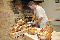 - Eataly, market for the sale of quality Italian food, bread oven<br /> <br /> - Eataly, market per la vendita del cibo italiano di qualit&agrave;, forno per il pane