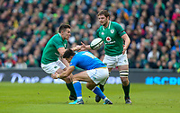 Saturday 10th February 2018 | Ireland vs Italy<br /> <br /> Jacob Stockdale passes to Iain Henderson during the Six Nations Rugby Championship match between Ireland and Italy at the Aviva Stadium, Lansdowne Road,  Dublin Ireland. Photo by John Dickson / DICKSONDIGITAL