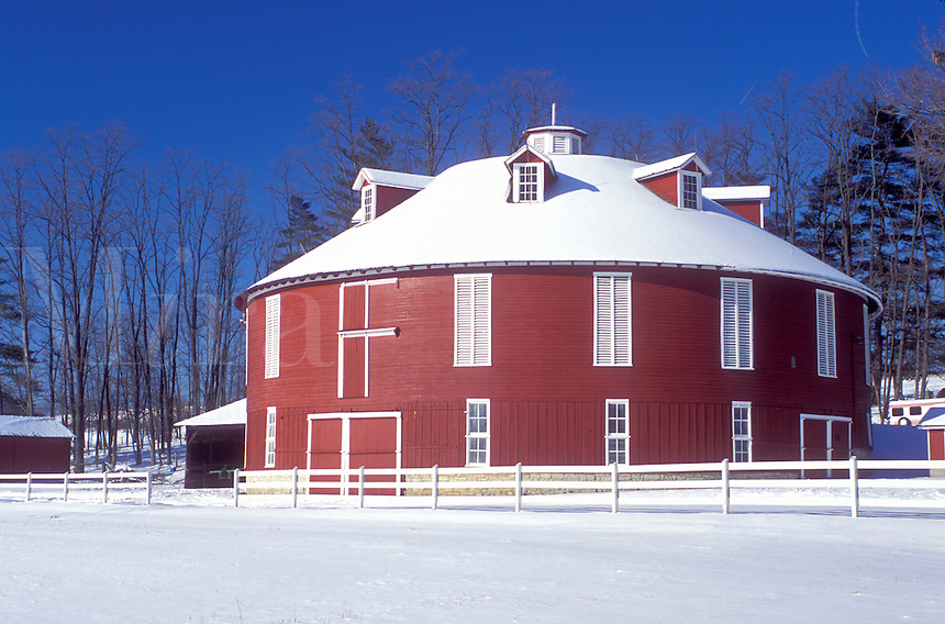 round barn, PA, Pennsylvania, Centre County, Round red barn in winter in Centre County.