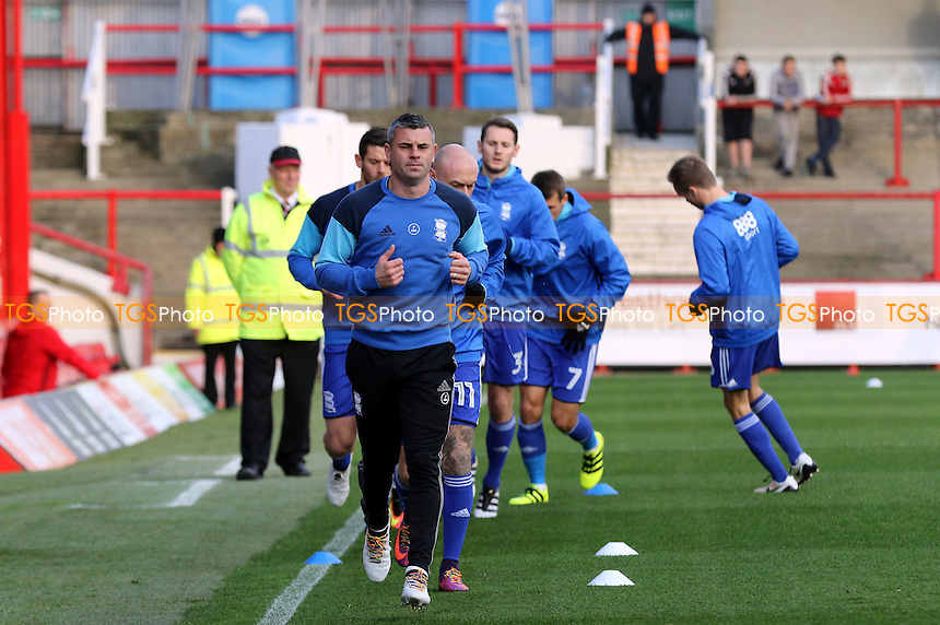 Birmingham's Paul Robinson leads the team in the pre-match warm up exercises during Brentford vs Birmingham City, Sky Bet EFL Championship Football at Griffin Park on 26th November 2016