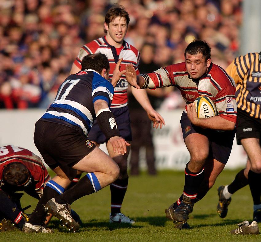 Photo. Richard Lane..Gloucester v Bath Rugby. Powergen Cup. 06/03/2005..Christo Bezuidenhout attacks.