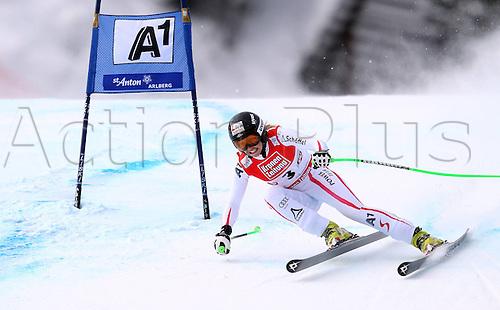 13.01.2013. St Anton, Austria.  Ski Alpine FIS World Cup Super G for women Picture shows Regina Sterz AUT