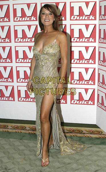 ZOE LUCKER.TV Quick Awards 2004, The Dorchester Hotel, London, September 6th 2004..full length brunette fringe green dress .Ref: AH.www.capitalpictures.com.sales@capitalpictures.com.©Capital Pictures.