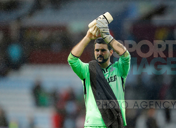 Palace goalkeeper Julian Speroni applauds the supporters at the end of the game - Barclays Premiership Football - Aston Villa v Crystal Palace - Villa Park  Birmingham - Season 14/15 - 01/01/2015 <br /> Photo: Malcolm Couzens/Sportimage