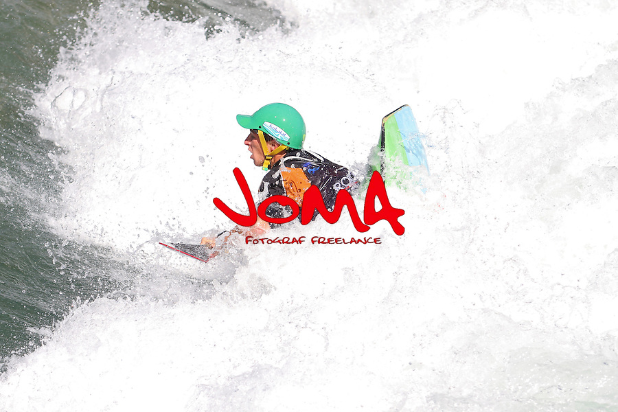 11.07.2014 Sort, Spain. ICF Freestyle World Cup, junior K1, Picture show Richard Thomas (FRA) in acton during semi-finals