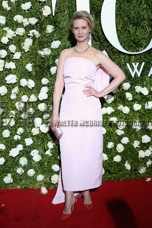 NEW YORK, NY - JUNE 11:  Cynthia Nixon attends the 71st Annual Tony Awards at Radio City Music Hall on June 11, 2017 in New York City.  (Photo by Walter McBride/WireImage)