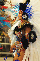 SAO PAULO, SP, 19 DE FEVEREIRO 2012 - CARNAVAL SP - PEROLA NEGRA . Jaqueline Khury Desfile da escola de samba Perola Negra na segunda noite do Carnaval 2012 de São Paulo, no Sambódromo do Anhembi, na zona norte da cidade, neste domingo. (FOTO: ADRIANO LIMA  - BRAZIL PHOTO PRESS).