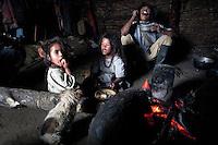 Family lunch in an Arhuaco hut, Sierra Nevada de Santa
