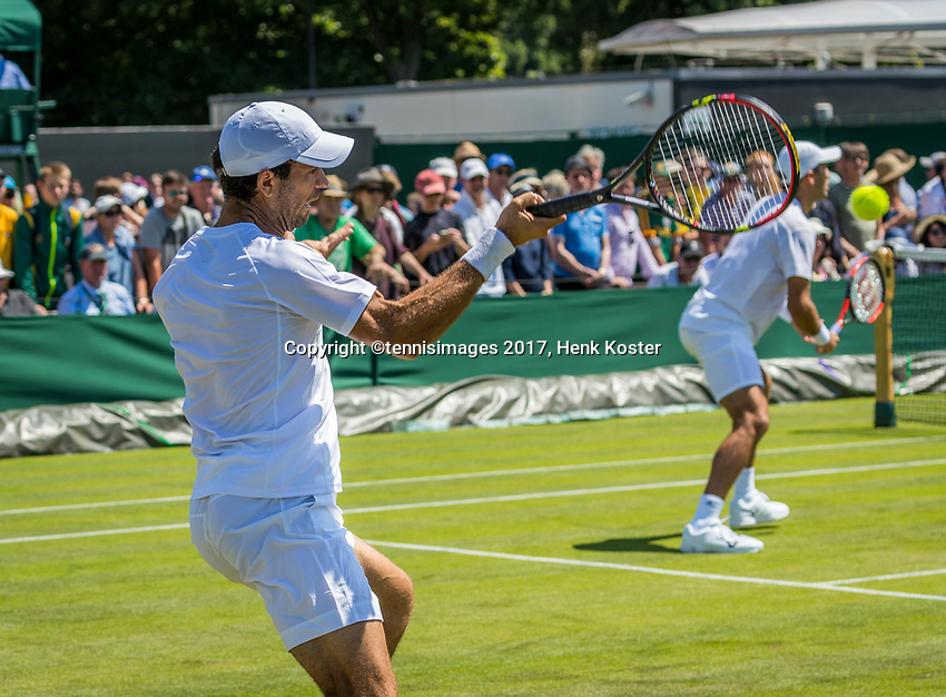 London, England, 5 th July, 2017, Tennis,  Wimbledon, Men's Doubles: Jean-Julien Rojer (NED) (L) / Horia Tecau (ROU)<br /> Photo: Henk Koster/tennisimages.com
