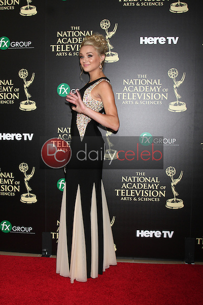 LOS ANGELES - JUN 22:  Hunter King at the 2014 Daytime Emmy Awards Arrivals at the Beverly Hilton Hotel on June 22, 2014 in Beverly Hills, CA